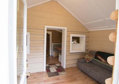 IMG_8641alaska-highway-cabin
