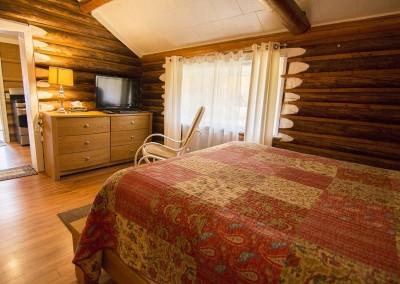 IMG_8649alaska-highway-cabin